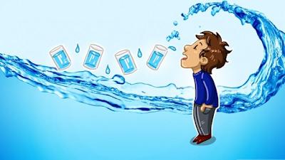 पानी पीने के फायदे और नुकसान