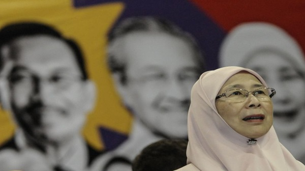 Anwar keluar penjara Jun ini, kata Dr Wan Azizah