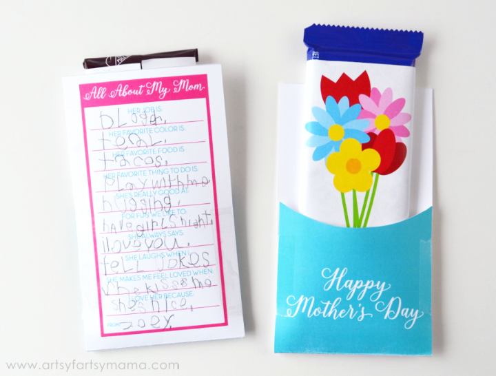 Free Printable Mother's Day Candy Bar Wrapper with Questionnaire at artsyfartsymama.com