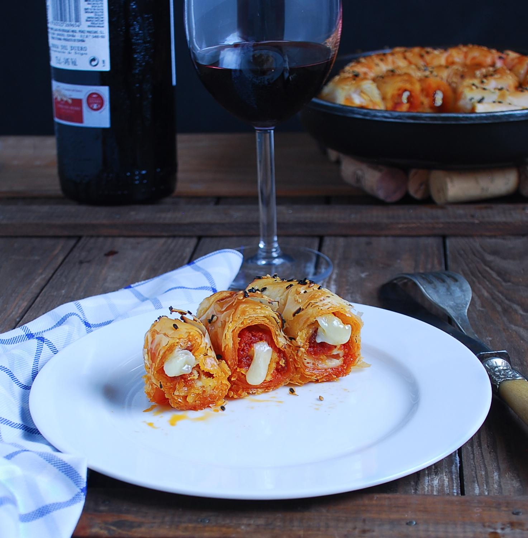 Espiral de sobrasada, queso y miel - Dulces bocados
