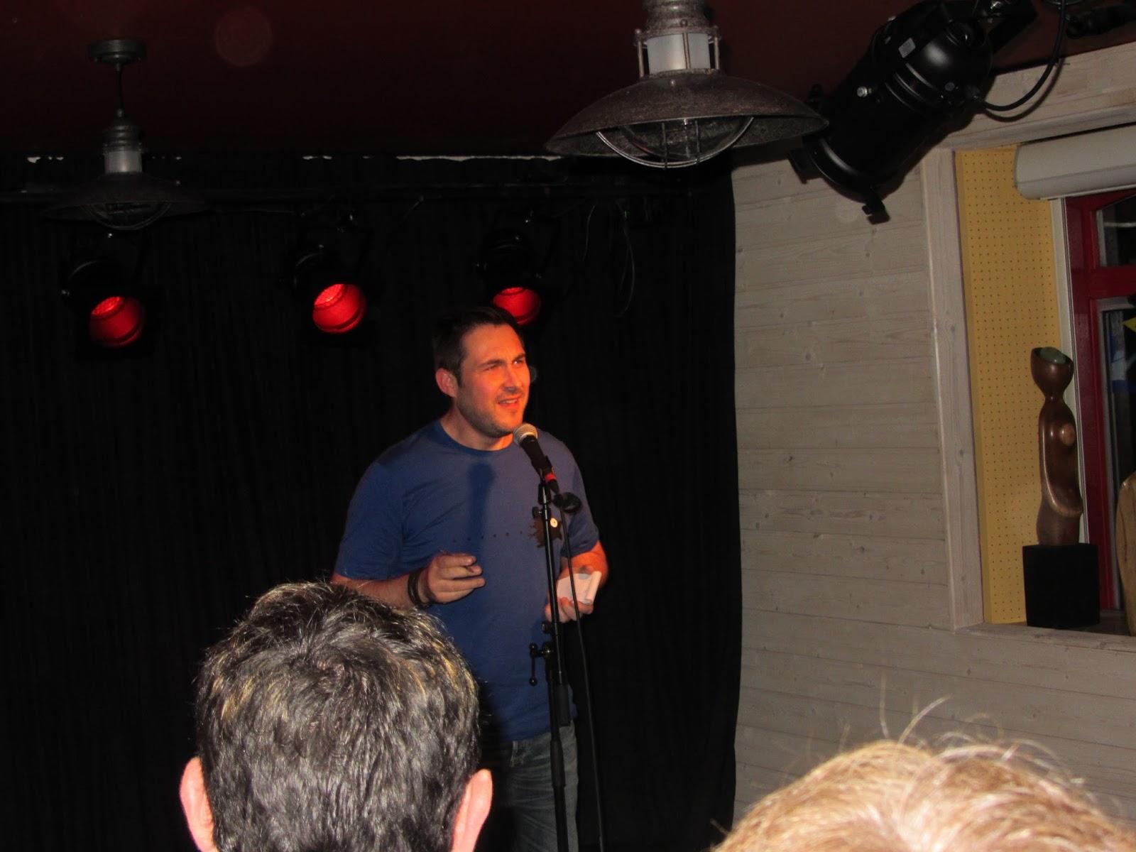 L'Audomarois, bar-tabac bistrot culturel de proximité à St-Omer-de-Blain 44 – 7 mars 2015 – soirée slam : Printemps des Poètes avec les Amis du Puits au Chat, Slam Poetry et les ateliers-slam des collège, lycée et CSC Tempo de Blain.