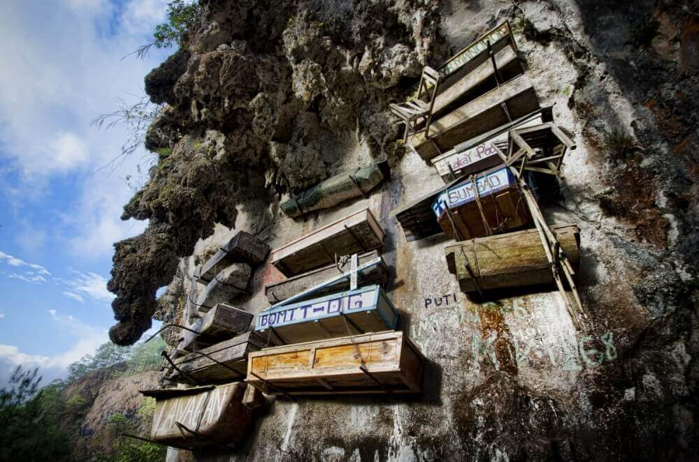 Asılmış Tabutlar Filipinler