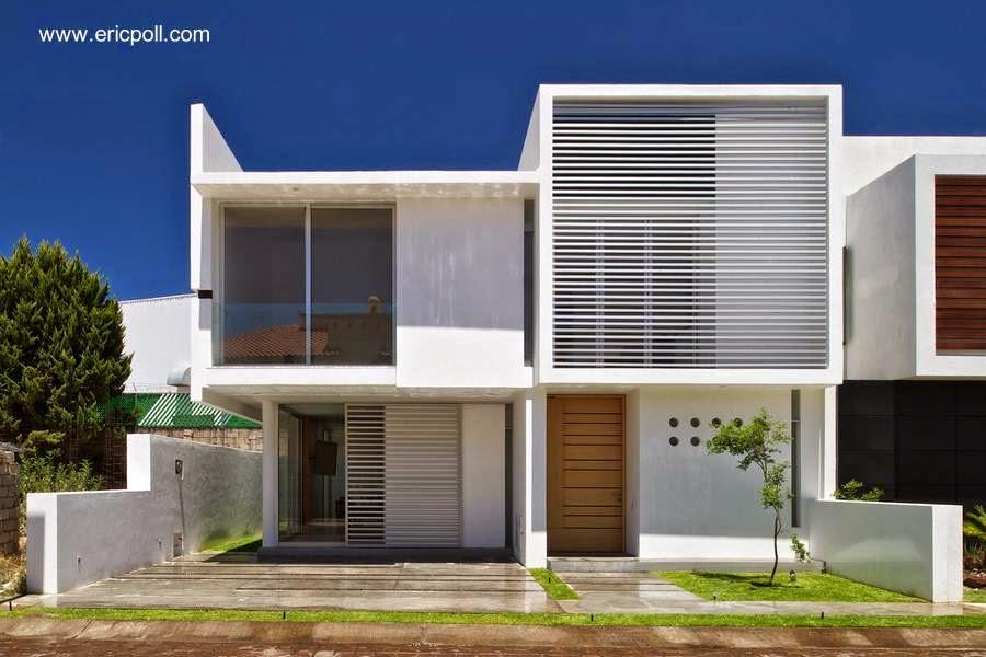 Fachada de una casa contemporánea