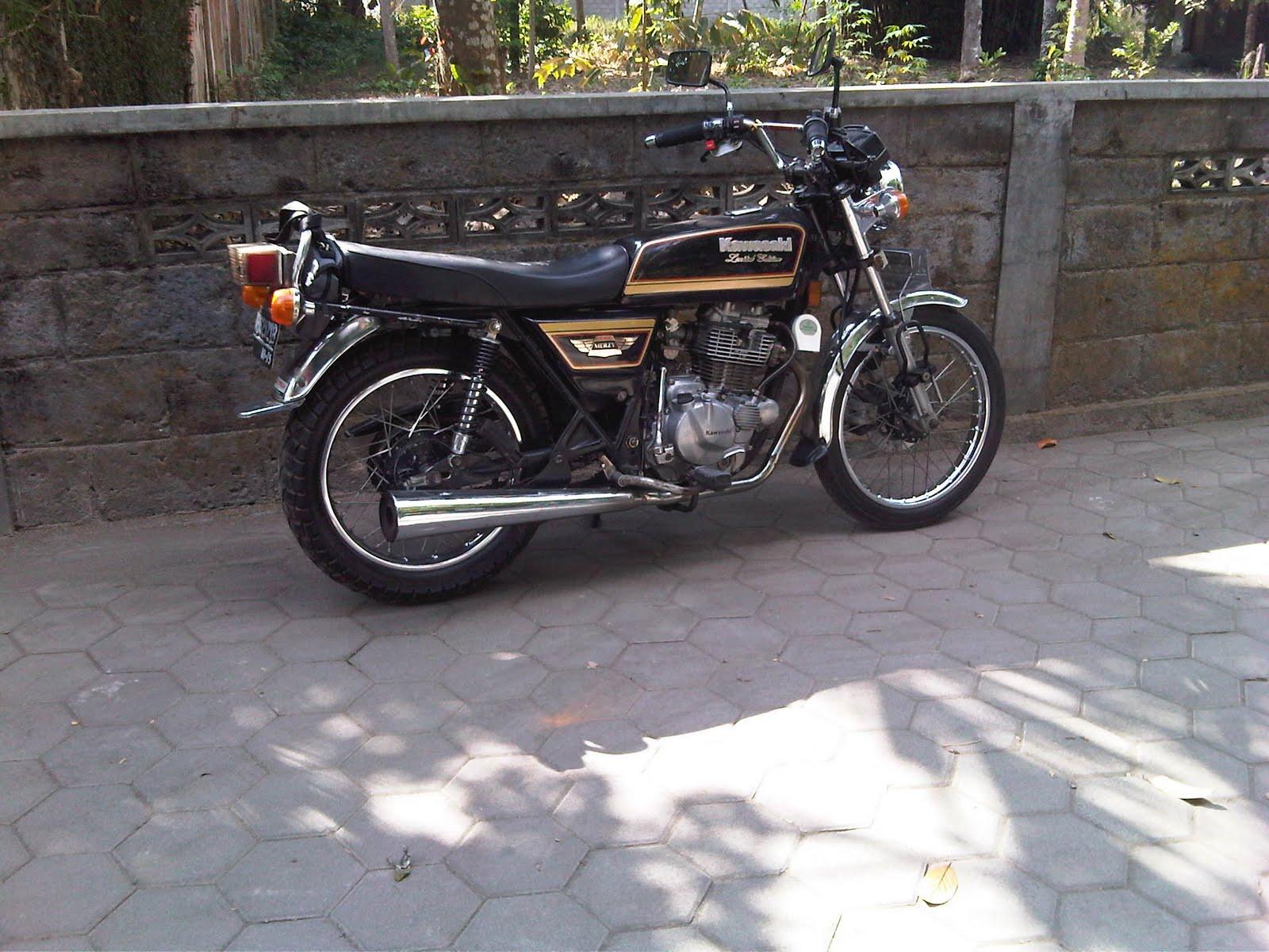 Modifikasi Kawasaki Binter Merzy KZ200  Classic and