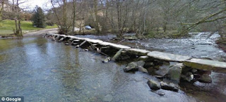 Jembatan Lempengan Batu