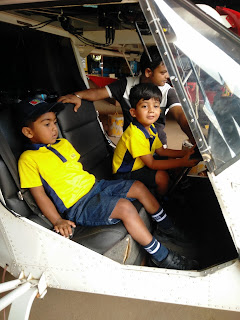 TRIO TOTS KIDS TURN PILOTS FOR A DAY