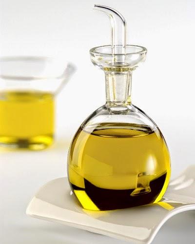 marietouzazim 39 ne pas confondre avec l 39 huile de coude. Black Bedroom Furniture Sets. Home Design Ideas