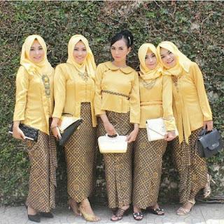 kebaya-kuning-batik-hijab-muslim