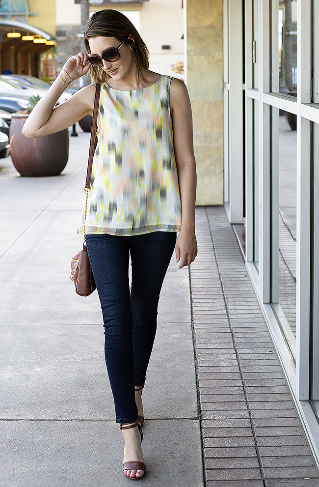A Good Hue Style: The Limited Skinny Jeans and Cupcakes & Cashmere Short-Sleeved Blouse