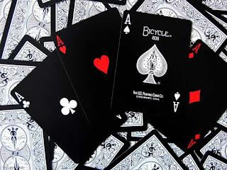 Заклинания с игральными картами.