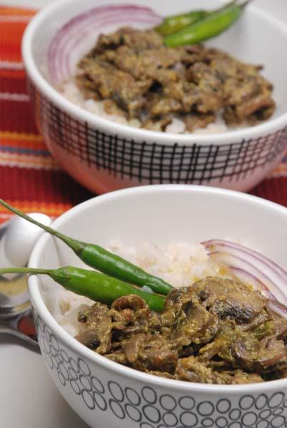 Garlic Kashundi Mushroom, Shorshe Roshun Mushroom