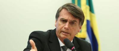 Resultado de imagem para BOLSONARO DEPLORÁVEL