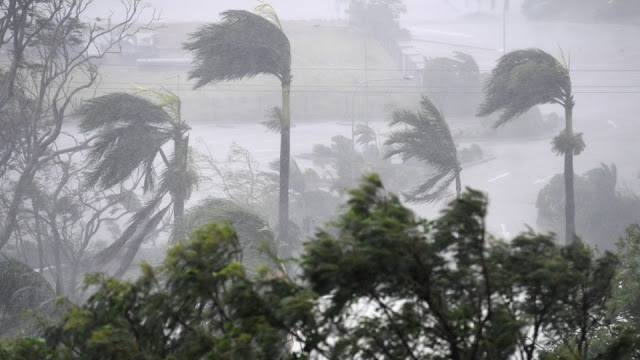Cyclone Debbie hits Queensland a once-in-a-hundred year event!  Cyclone-debbie-tnd-960x540