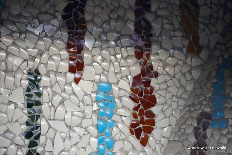 Warszawa Warsaw warszawskie mozaiki Ustrzycka domki kopułowe Włochy ceramika Pruszków