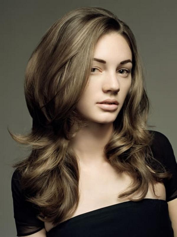 long layers hair Brunette
