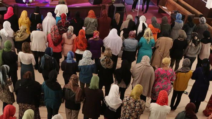 Bolehkah Istri Pergi ke Masjid tanpa Izin Suami?