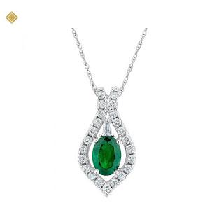 Mặt dây chuyền đá ngọc bảo lục hình elip đính kim cương vàng trắng