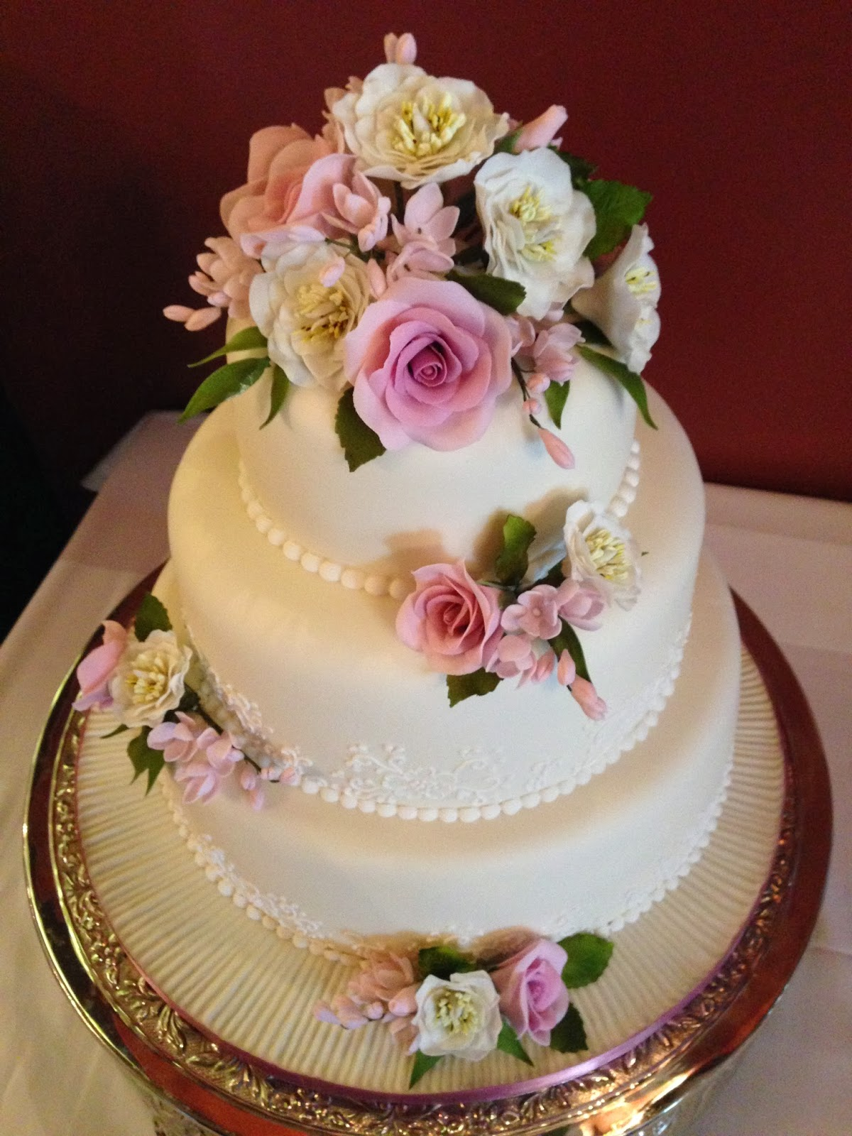 Pin Tier Burgundy And Ivory Roses Wedding Cake