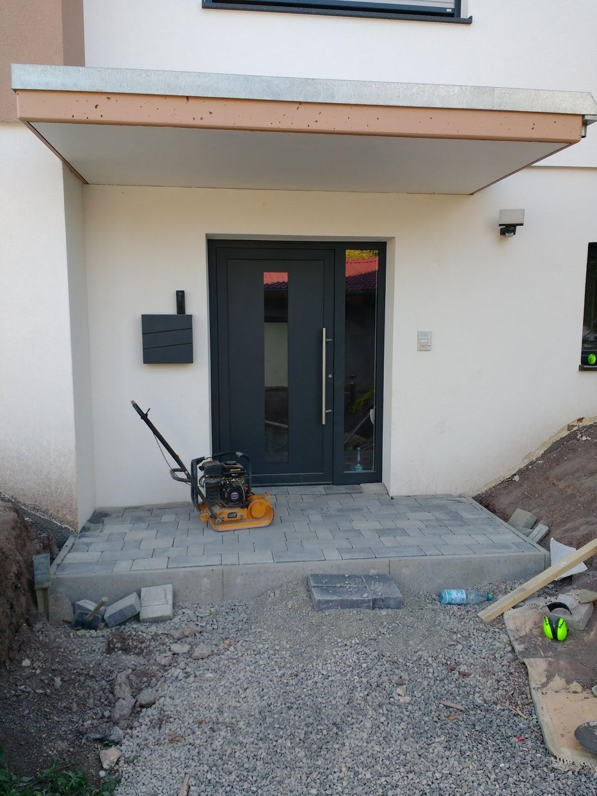 Eingang Pflastern Wir Bauen Ein Hauser Massivhaus
