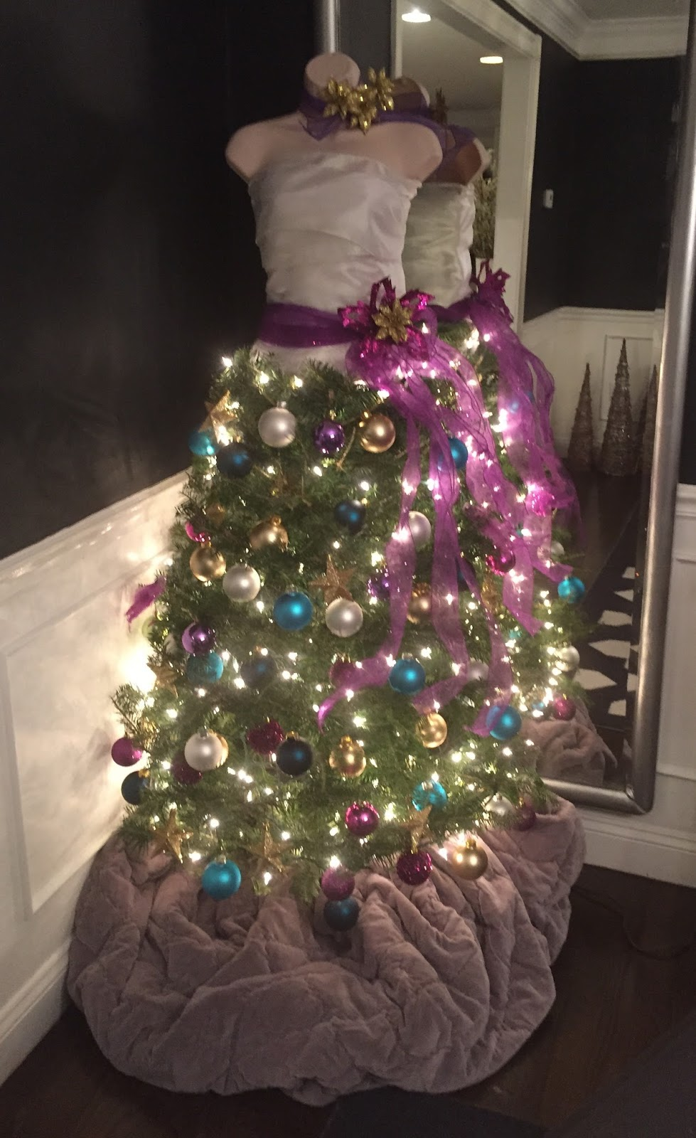 House Updates Christmas Decorating And Our Dress Form