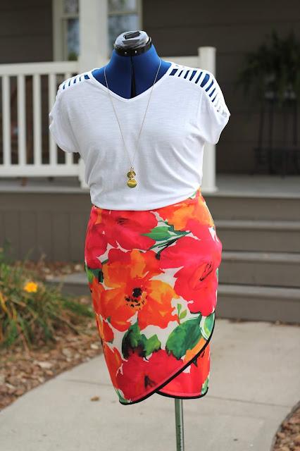 Itch to Stitch Lindy Petal Skirt, Mood Fabrics Scuba knit