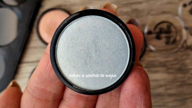 Swatches Review - Essence my must haves Eyeshadow - sombra de ojos 12 want a mint?
