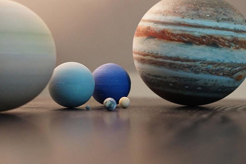 Sistemas solares impresos en 3D, lunas y planetas para tu escritorio
