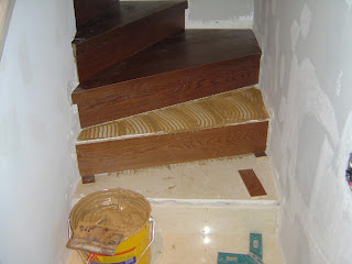 forrar una escalera con parquet