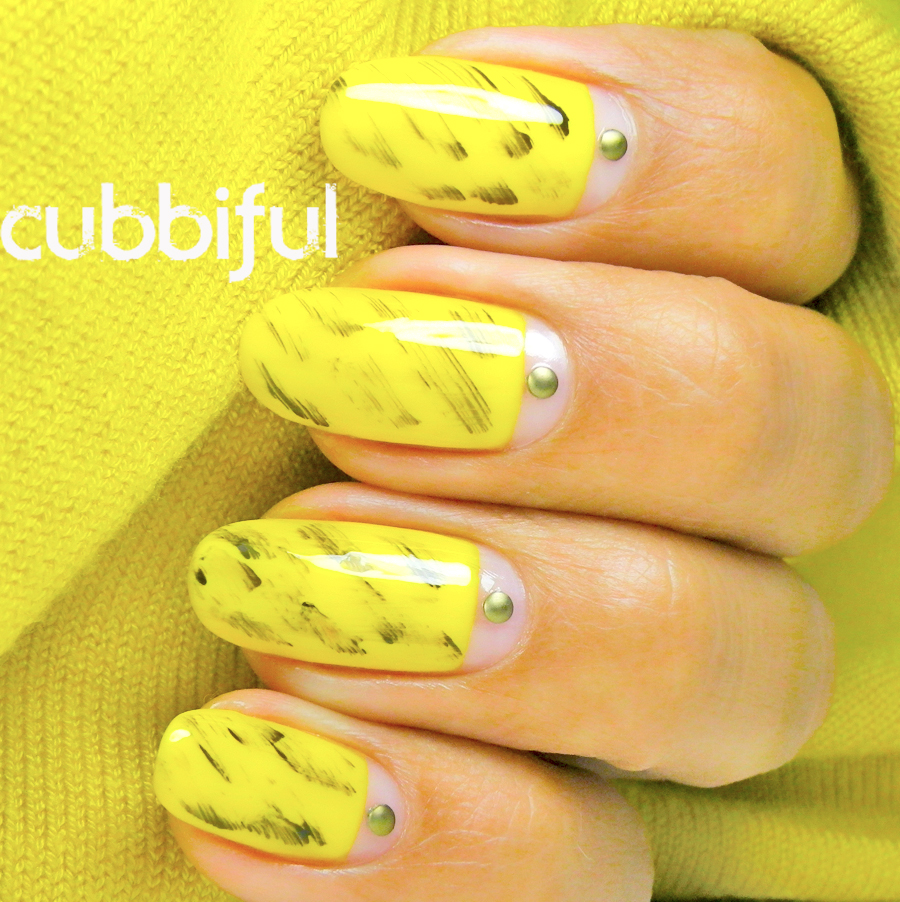 31DC2014 yellow nails with studs
