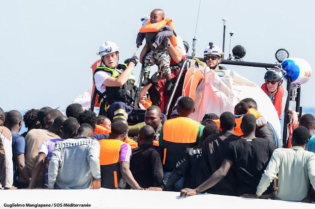 Migrantes rescatados en el Mediterráneo por el buque Aquarius