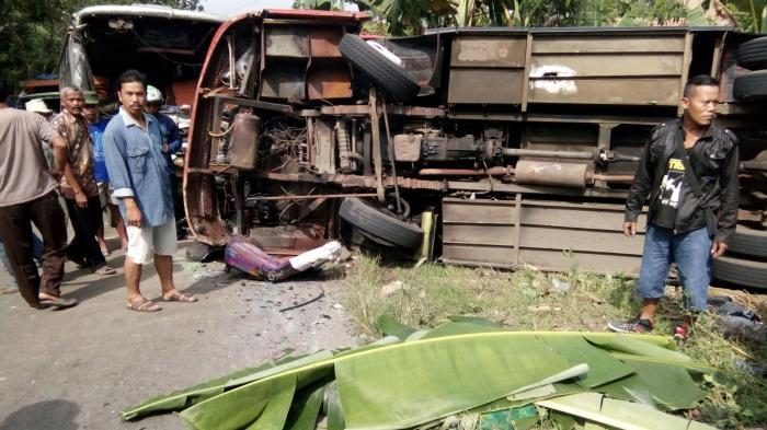 kecelakaan bus di Sumberjatipohon Grobogan Purwodadi
