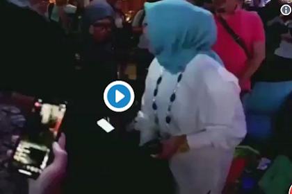 Viral!  VIDEO Istri Sandiaga Uno Spontan Kosongkan Tas untuk Amal ke Lombok! Horang Kayah...
