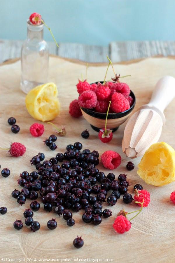 dżem ze zdrowych i smacznych owoców świdośliwy