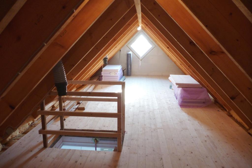 2012 at home spitzboden elektroinstallation korrekturen bei den fliesen. Black Bedroom Furniture Sets. Home Design Ideas