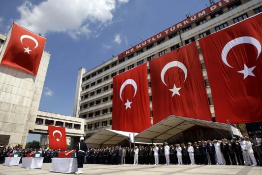 Αν θέλετε να καταλάβετε τι συμβαίνει αυτή την περίοδο στην Τουρκία τότε αυτό ίσως είναι το καλύτερο άρθρο