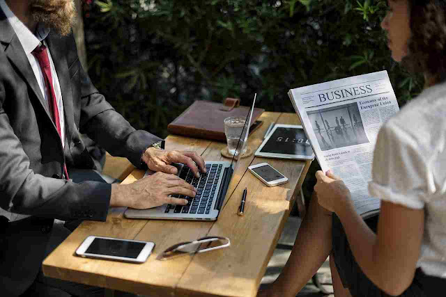 Perbedaan Pebisnis online dengan pedagang online
