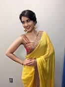 rashi khanna new glam pics-thumbnail-14