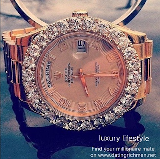 A millionaire has spent millions of dollars for his new wedding wife to buy this diamond watch