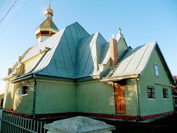 Новое Село. Храм Великомученика Юрия. УГКЦ