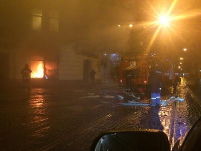 Пожежа охопила офіс на вулиці Франка, поблизу Стрийського ринку