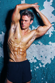 rob riches 6 pack abs