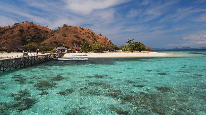 foto pulau kanawa