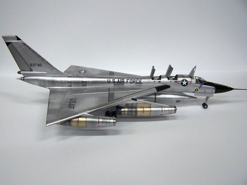 One Kit Too Many: Italeri / Testors B-58 Hustler 1/72