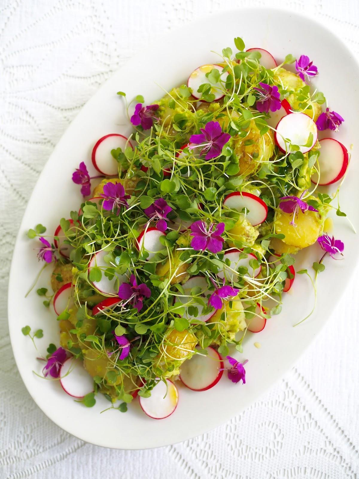 syötävät kukat, kukkasalaatti, versosalaatti, peruna-retiisisalaatti