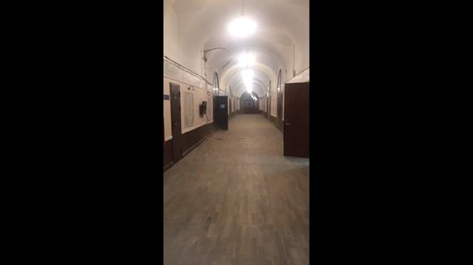 Teto de universidade cai em São Petersburgo, na Rússia