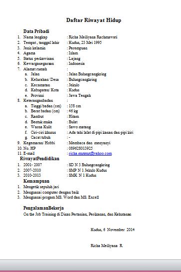 Curriculum Vitae Atau Daftar Riwayat Hidup Blognya Richa
