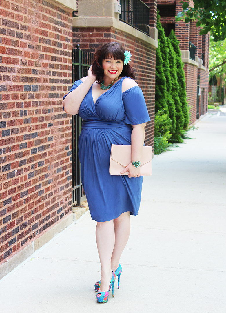Getting Twisted in this Vintage Blue Kiyonna Plus Size Dress