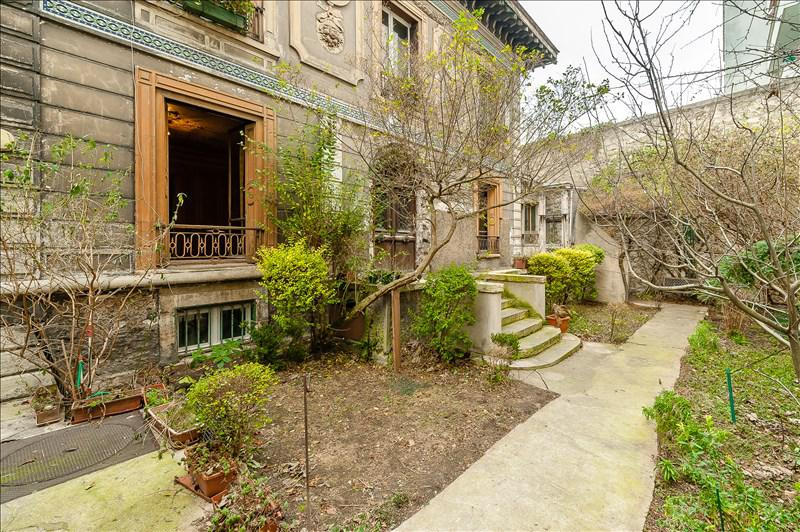 Exterior of Paris fixer upper home for sale in 19th seen on Hello Lovely Studio