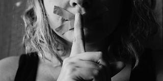 8 μυστικά για την προσωπική σας ζωή που δεν πρέπει να εκμυστηρεύεστε σε κανέναν