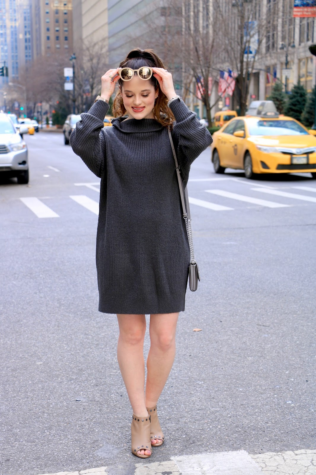 sweater dress fashion blogger